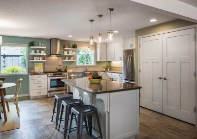 Beaverton-Open-Concept-Kitchen