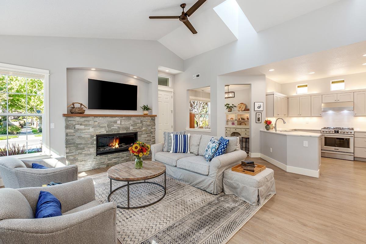 Contemporary open plan living room remodel in Hillsboro
