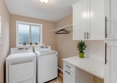 Tigard-Contemporary-Laundry