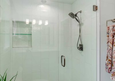 Tigard-Frameless-Shower