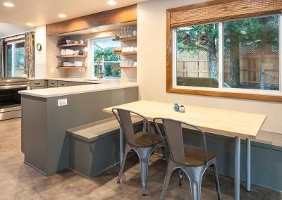 Open Concept Kitchen with Dining Nook in Tualatin