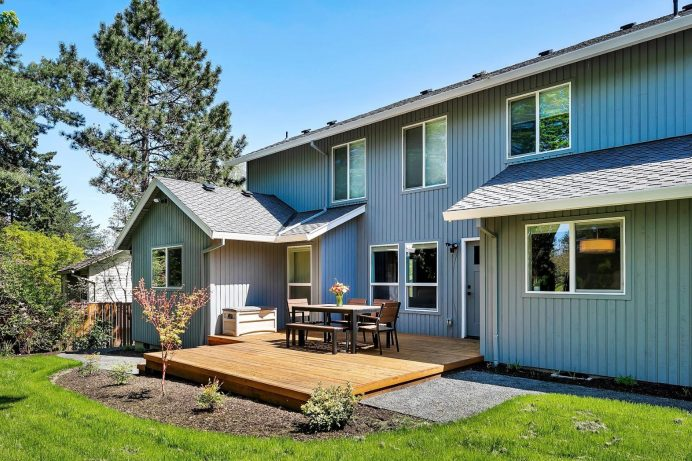 Lake Oswego Home Addition Backyard Deck and Patio
