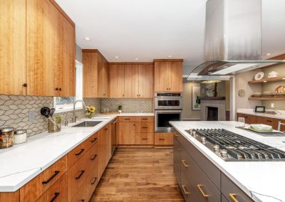 Portland Mid-Century Modern Kitchen with Wood Cabinets and Flooring