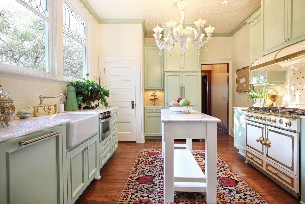 modern crafstman style kitchen in portland